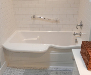 Nice sit in tub pictures inspiration the best bathroom for Sit down shower tub