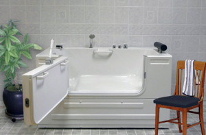 Accessible Bathtubs: An Amazing Diversity! | homeability.com